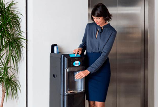 Leitungsgebundene Wasserspender für büro